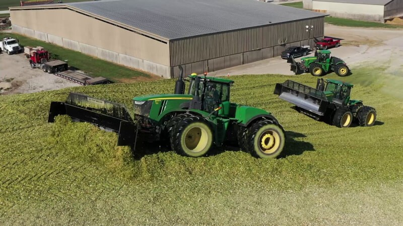 packing down a silage bunker